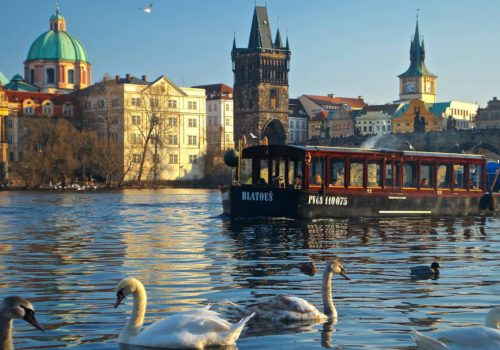rental-holidays-prague-groomlidays